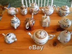 12 Porcelain Victoria & Albert Museum Tea Pots Teapots COA's Franklin Mint Set