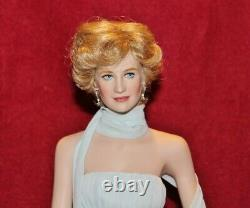 17 Diana Princess Of Elegance Porcelain Portrait Doll By Franklin Mint