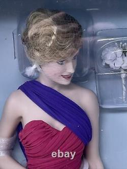 17 Diana Princess Of Wales Porcelain Portrait Doll By Franklin Mint. Pink Dress