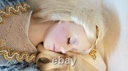 1988 Sleeping Beauty Porcelain Doll from Franklin Mint Heirloom 21