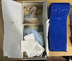 1989 Sleeping Beauty Porcelain Doll Franklin Mint Beautiful Rare Doll 20