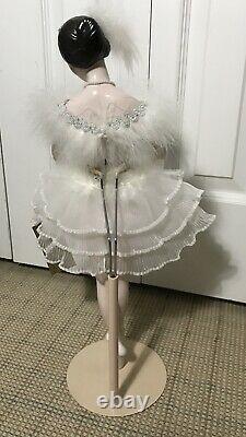 ANNA PAVLOVA Franklin Mint HeritageSwan Lake Porcelain 19 Inch Ballerina Doll