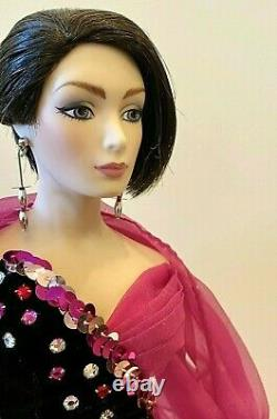 Beautiful Porcelain doll-Limited Edition collectible Porcelain Dolls-New-Sale