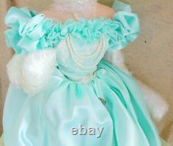 Beautiful Rare Franklin Mint Gibson Girl A Night at the Opera Porcelain Doll MIB