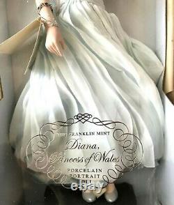 Blue Dress Diana Princess Of Wales Porcelain Portrait Doll By Franklin Mint #84