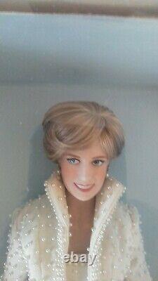 Diana Princess Of Wales Porcelain Doll Franklin Mint NIB With COA