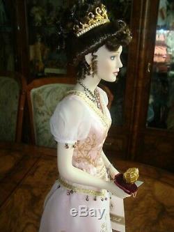 Doll porcelain, pop Franklin Mint, poupée, künstlerpuppe Sofia