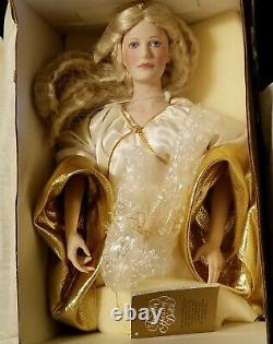 FRANKLIN HEIRLOOM 23 LORD OF THE RINGS QUEEN GALADRIEL PORCELAIN DOLL WithBOX
