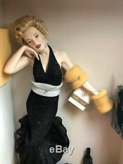 FRANKLIN MINT Porcelain Doll MARILYN MONROE Boxed