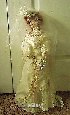 Franklin Heirloom Dolls Victorian Porcelain Bride & Groom with Boxes