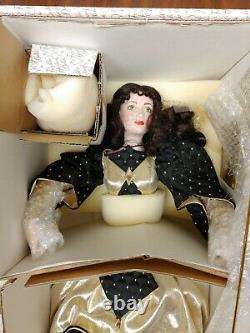 Franklin Heirloom Porcelain Doll Queen Of Diamonds Playing Cards Royalty Collect