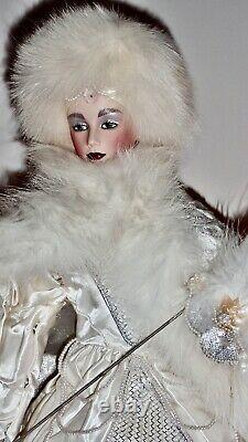 Franklin Heirloom The Snow Queen Porcelain Doll