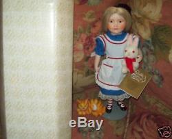 Franklin Mint Alice n Wonderland Porcelain Doll MIB