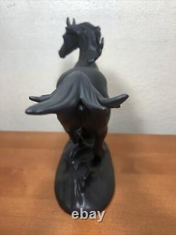Franklin Mint Black Beauty Porcelain Horse 8 H 1986 By Pamela Du Boulay