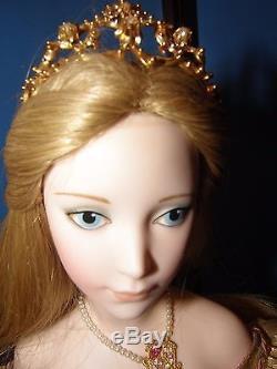 Franklin Mint Cinderella 19 Porcelain Doll By Gerda Neubacher In Display Case