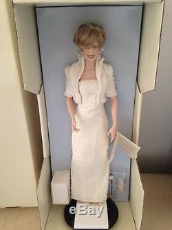 Franklin Mint DIANA PRINCESS OF WALES Porcelain Doll Mint with COA