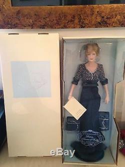 Franklin Mint Diana Princess Of Wales Porcelain PRINCESS OF NOBILITY Doll