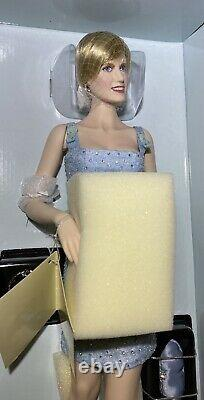 Franklin Mint Diana Princess Of Wales Porcelain Portrait Doll Swan Lake Dress