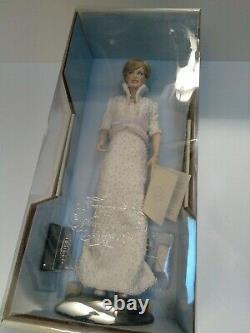 Franklin Mint Diana Princess of Whales Porcelain Doll