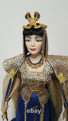Franklin Mint Elizabeth Taylor Cleopatra Porcelain Heirloom Doll RARE