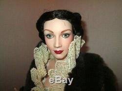 Franklin Mint GWTW Scarlett Porcelain Doll Paisley Robe