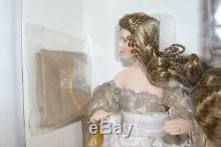 Franklin Mint Guinevere Porcelain Doll NEW in Shipper NRFB
