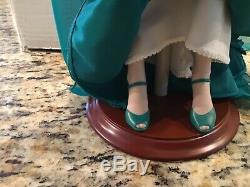 Franklin Mint Heirloom Elizabeth Taylor Porcelain Portrait Doll / COA Included