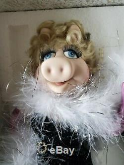 Franklin Mint Heirloom Muppets Miss Piggy Millenium Porcelain Doll NIB