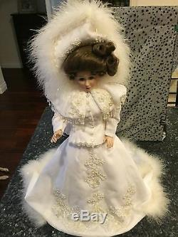 Franklin Mint Heirloom Porcelain Doll Maryse Nicole Charmin' Crystal 1991