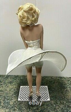 Franklin Mint Heirloom Porcelain Marilyn Monroe Seven Year Itch Doll