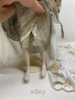 Franklin Mint Heirloom Queen Guinevere of Camelot Porcelain Doll