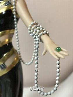 Franklin Mint House Of Erte Porcelain Figurine Pearls And Emeralds