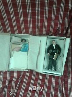 Franklin Mint John F Kennedy & Jacqueline Kennedy Heirloom Bride & Groom Dolls