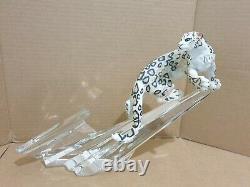 Franklin Mint Majestic Snow Leopard Figurine on Lead Crystal Mountainside