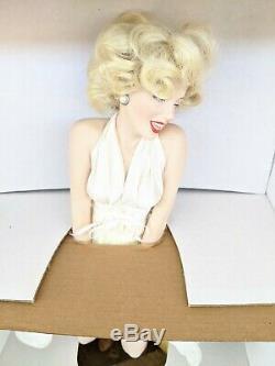 Franklin Mint Marilyn Monroe 7 Year Inch Porcelain Doll