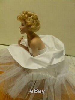 Franklin Mint Marilyn Monroe Love Marilyn Porcelain Doll