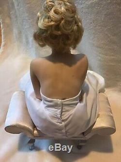 Franklin Mint Marilyn Monroe Porcelain Doll Love Marilyn