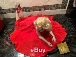 Franklin Mint Marilyn Monroe Porcelain Doll. Red Dress On Velvet Wooden Platform