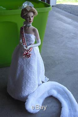 Franklin Mint Porcelain Cloth Princess Grace Coronation Sample Doll 16 Tall