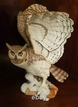 Franklin Mint Porcelain The Great Horned Owl Sculpture By George Mcmonigle
