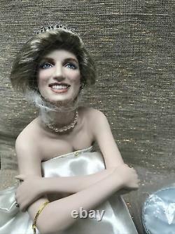 Franklin Mint Princess Diana Doll Portrait Of A Princess Seated Cushion