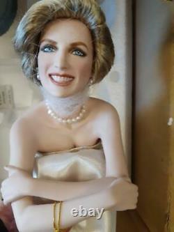 Franklin Mint Princess Diana Doll Portrait Of A Princess Seated Cushion Rare