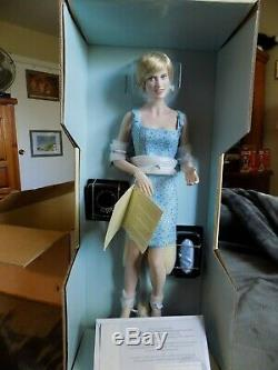 Franklin Mint Princess Diana Porcelain Doll Millennium Swan Lake nrfb with coa a