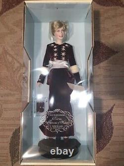 Franklin Mint Princess Diana Porcelain Doll Princess Of Loveliness -New in Box