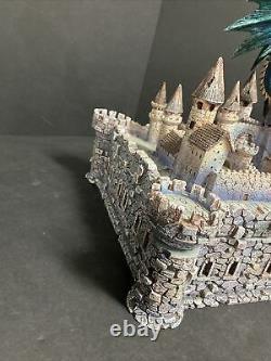 Franklin Mint Tesori Porcelain Sculpture With Chess Set 10.5 Tall