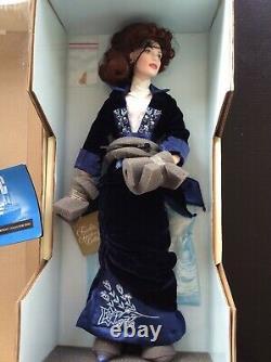 Franklin Mint Titanic Rose Flying Scene 18 Porcelain Doll