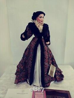 GWTW 22 Scarlett Paisley Robe Franklin Mint Gone With The Wind Porcelain Doll