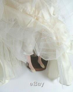Gone With the Wind SCARLETT WEDDING DRESS Franklin Mint Porcelain 22 Doll/box