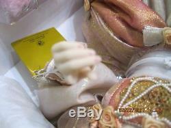 Happily Ever After Cinderellaporcelain doll-Franklin Mint-broken finger-NRFB