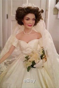 Jackie Kennedy Porcelain Doll Wedding Dress Franklin Mint